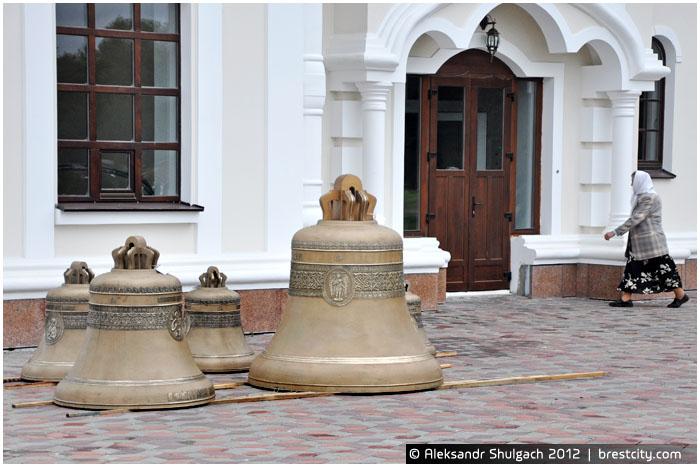 Новые колокола в Брестской крепости
