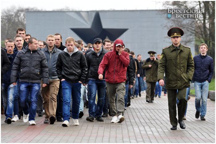 День призывника провели в Брестской крепости