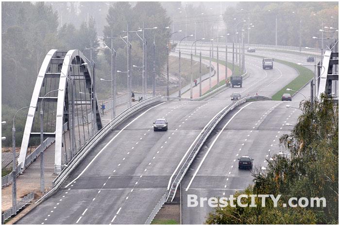 Берестейский мост в Бресте открыт 15 октября 2013