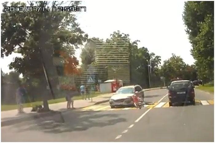 Авария в Пинске. Автомобиль сбил велосипедиста на пешеходном