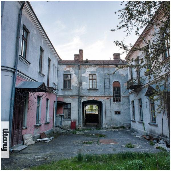 Здание бывшего архива, ул. Советских пограничников