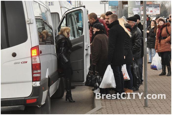 Стоимость маршруток Бреста в новогоднюю ночь 2014 составит 12 тысяч рублей