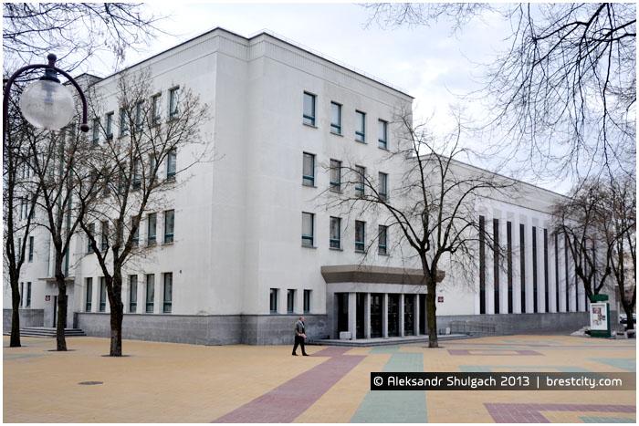 Здание ОКЦ в Бресте