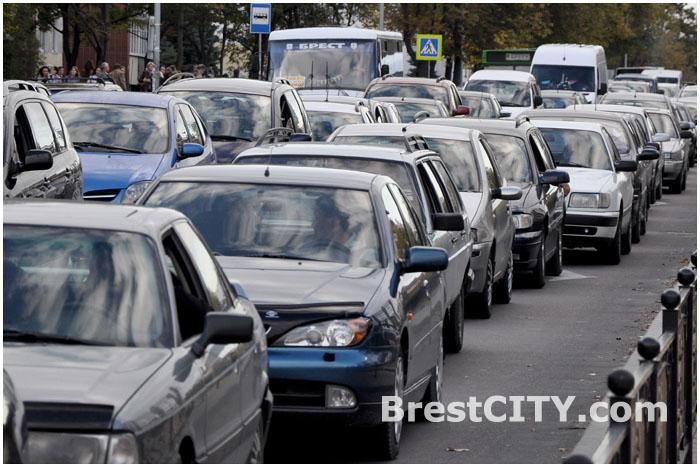 Пробка автомобилей в городе