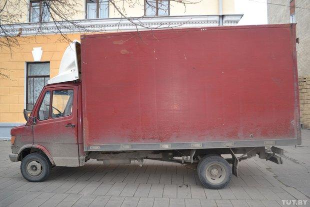 Пожилая женщина в Бресте попала под грузовик. 12 ноября 2013
